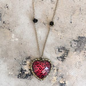 NWOT Betsey Johnson Pink Leopard Heart Necklace